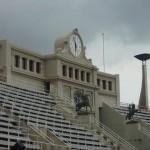 voyage-barcelone-2010-horloge-stade-olympique-montjuic