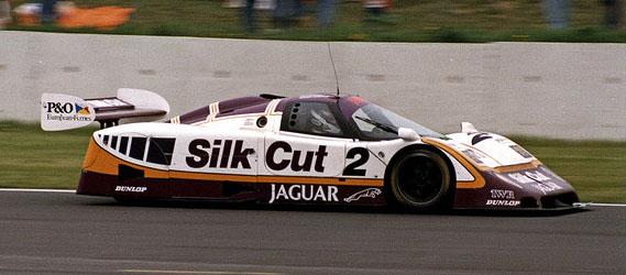 24-heures-mans-jaguar-silk-cut-1988
